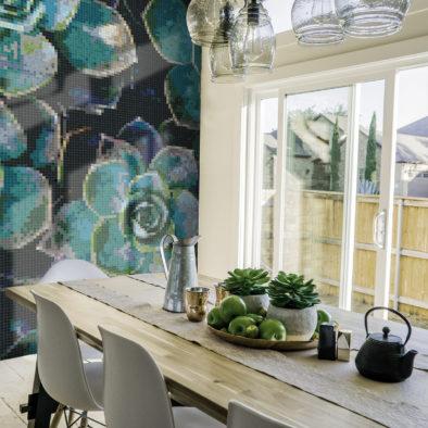Trufle Mozaiki - kuchnia z mozaiką przedstawiającą sukulenty